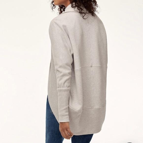 Aritzia Wilfred Diderot Sweater Wrap in grey